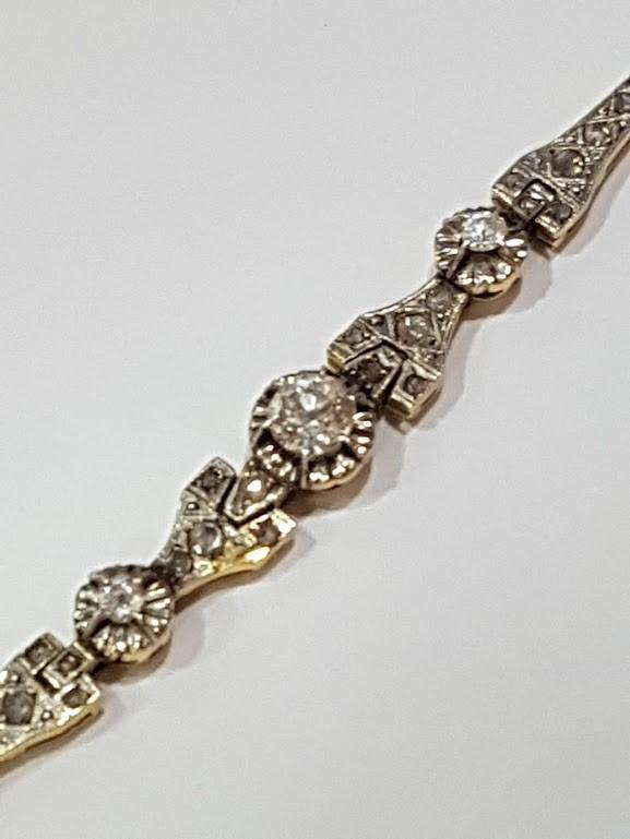 11ea57916f97 Pulsera antigua en oro y diamantes - Pulsera en oro de 18 Kilates con  diamantes talla